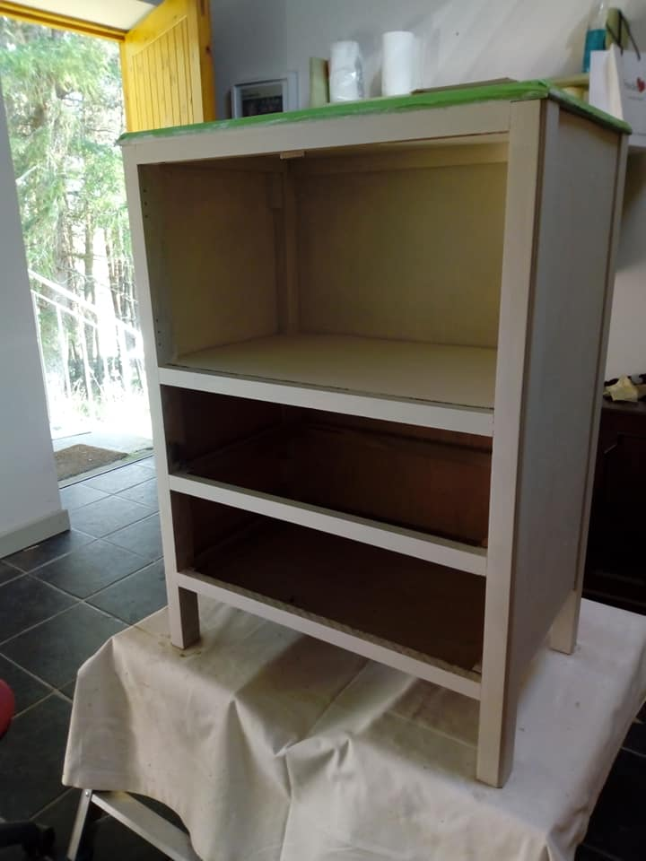 Cupboard stages